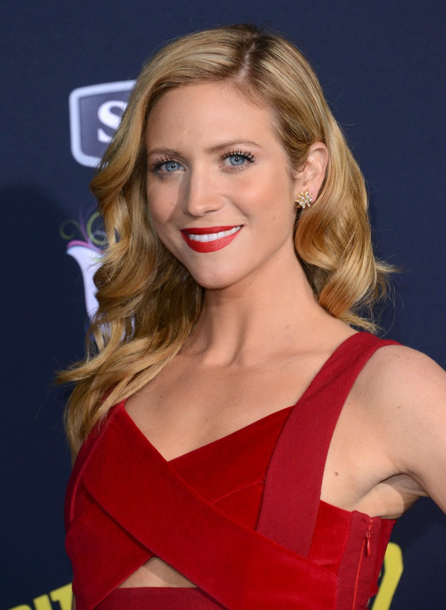 Brittany Snow, Pitch Perfect 2 premiere, 2015