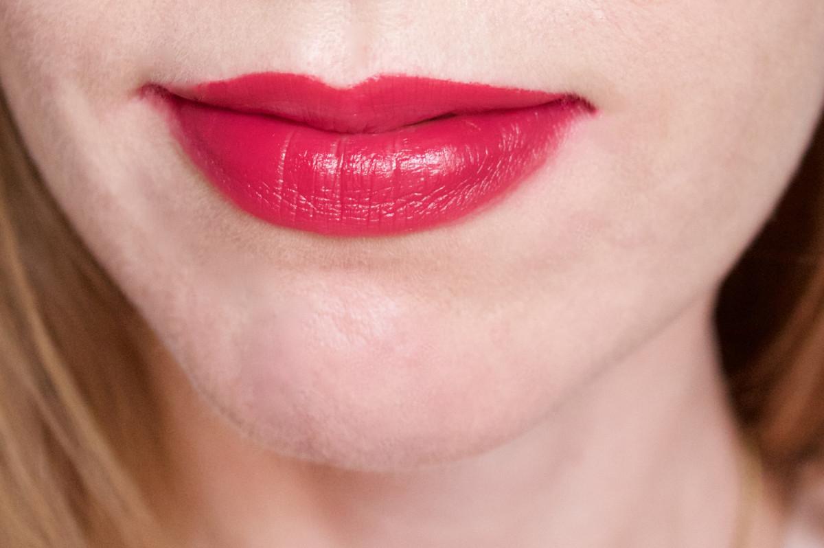 NARS Audacious Lipstick in Vera