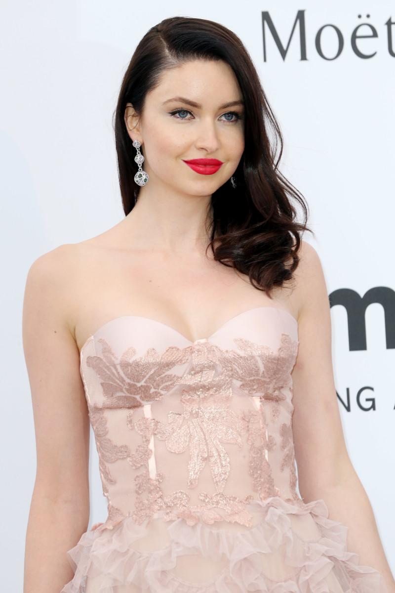 Emma Miller, amfAR Cinema Against AIDS Gala, Cannes 2015