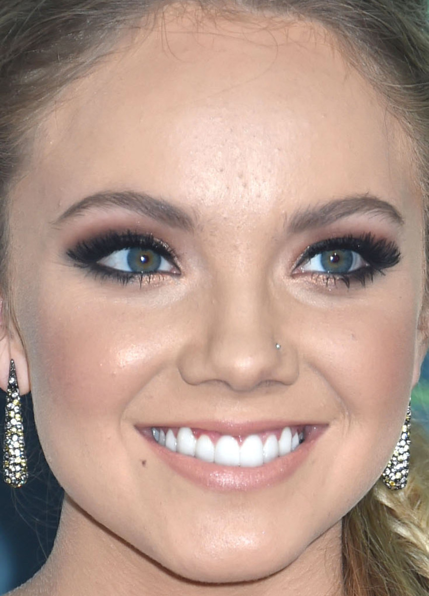 Danielle Bradbery, CMT Music Awards 2015