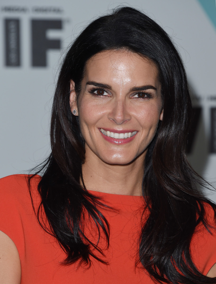 Angie Harmon, Women in Film Crystal and Lucy Awards 2015