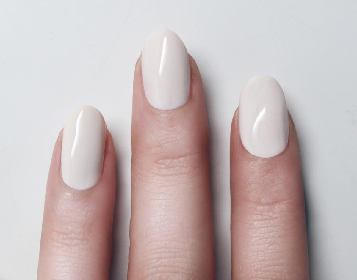 Confetti manicure - step 2