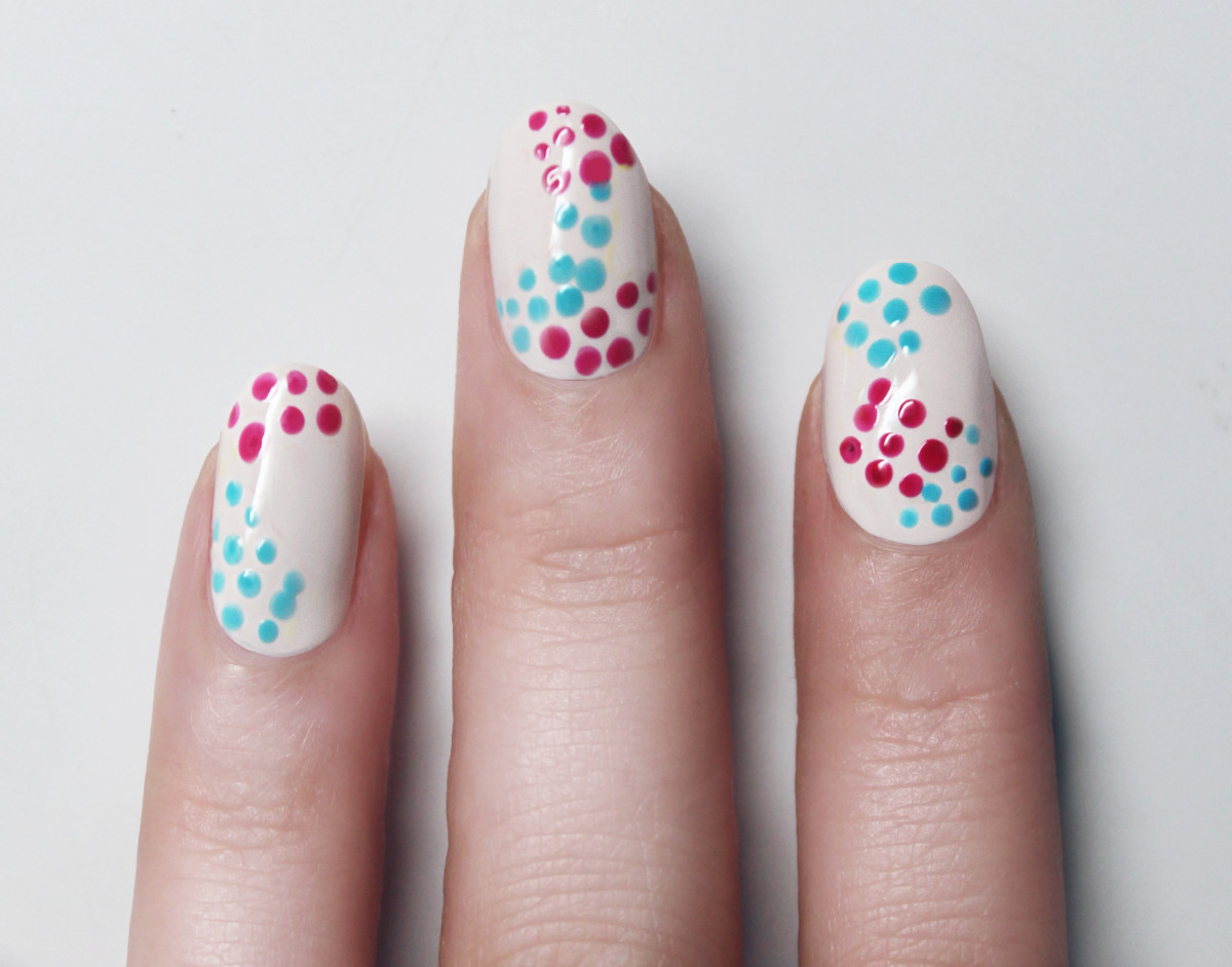 Confetti manicure - step 4