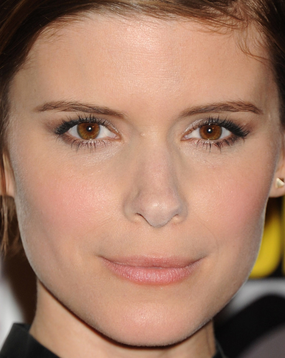 Kate Mara, 20th Century Fox Comic-Con press line, 2015