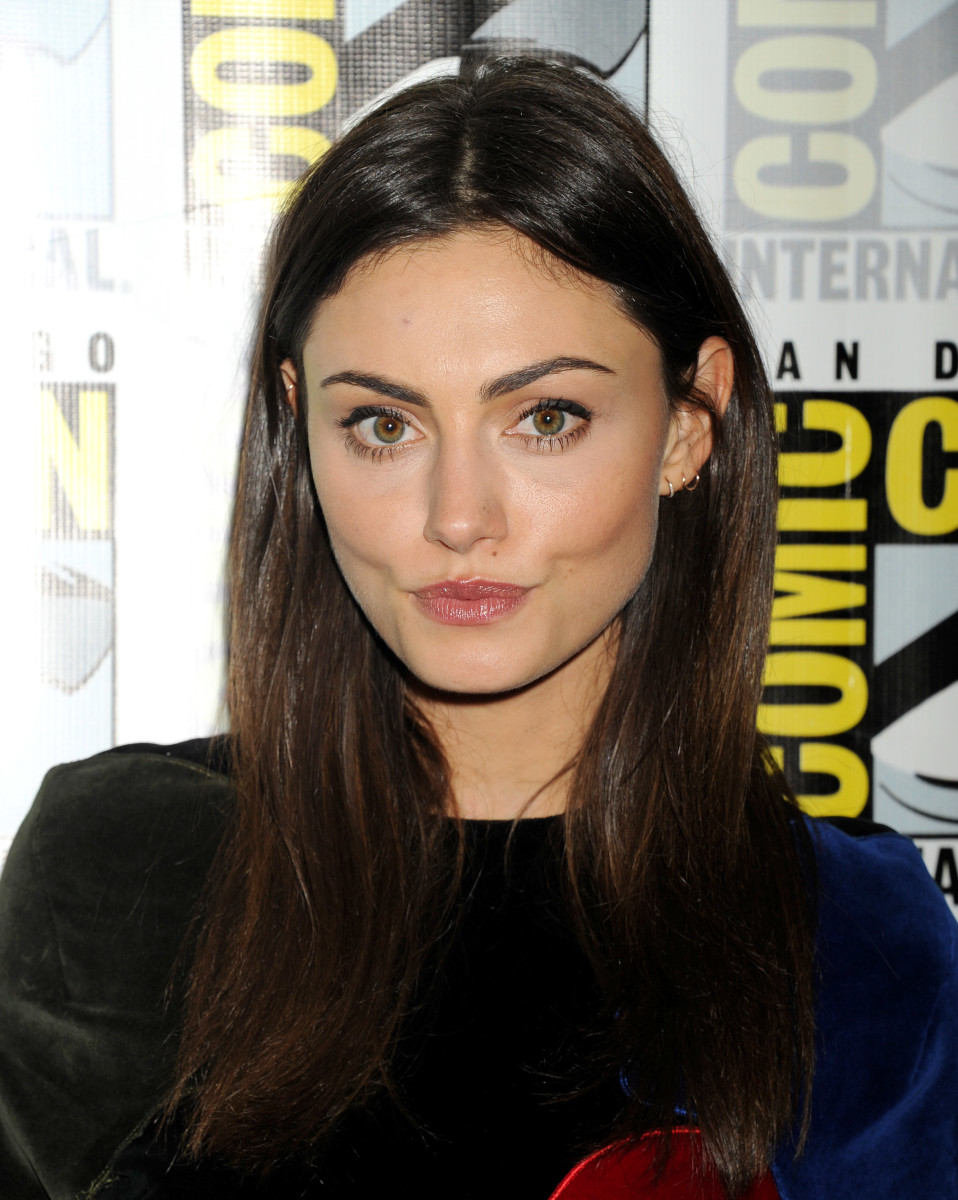Phoebe Tonkin, The Originals Comic-Con press line, 2015