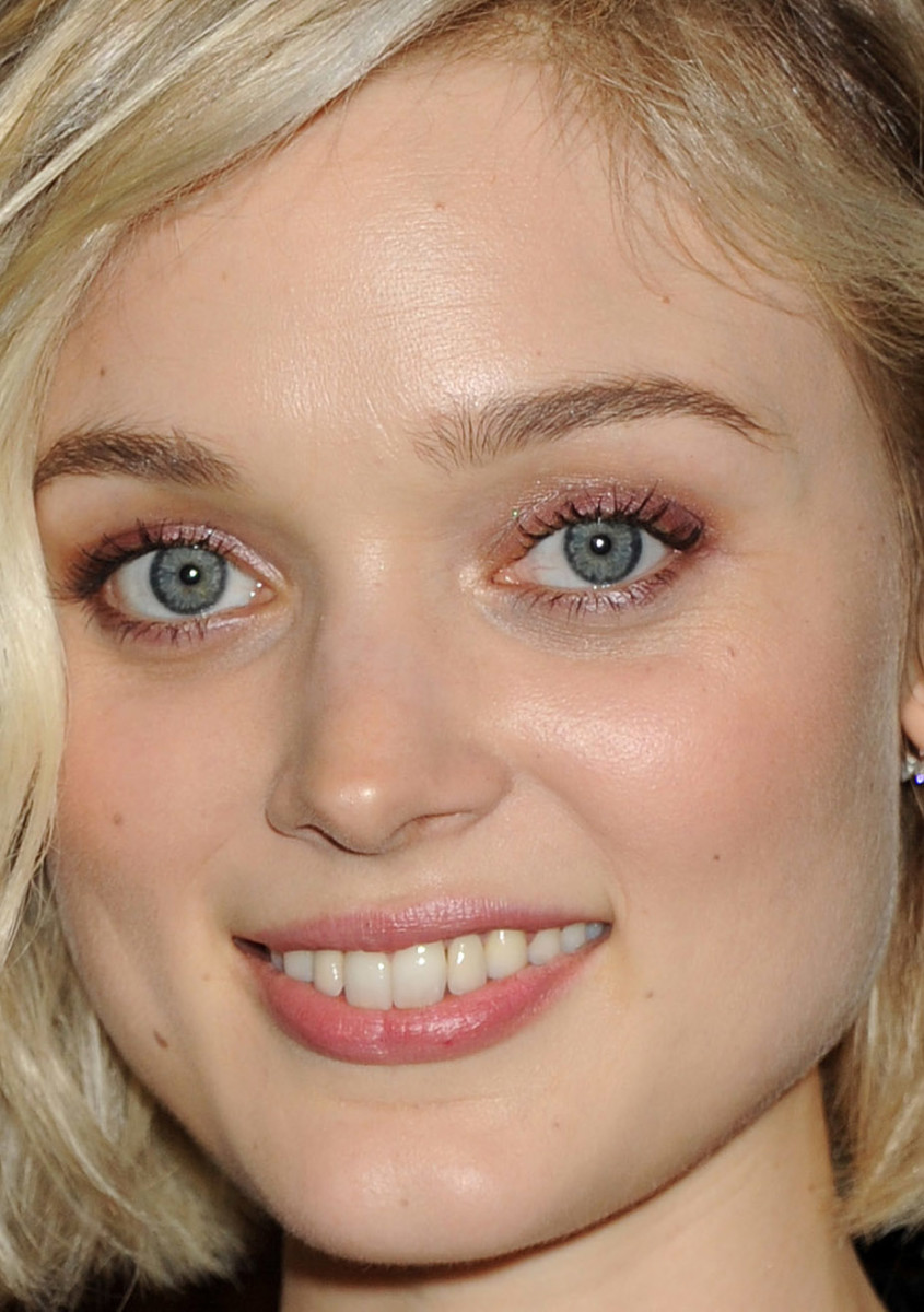 Bella Heathcote, Pride and Prejudice and Zombies Comic-Con press line, 2015