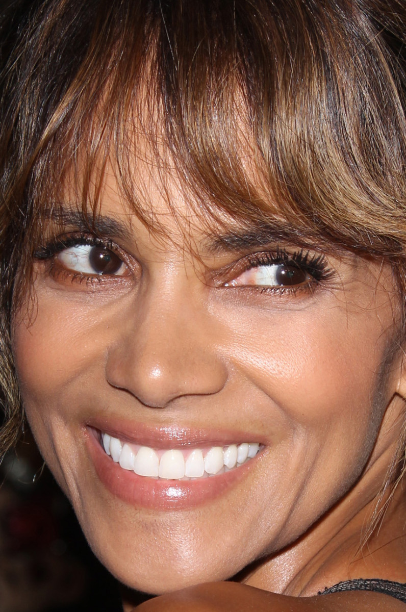 Halle Berry, Hollywood Foreign Press Association Grants Banquet, 2015