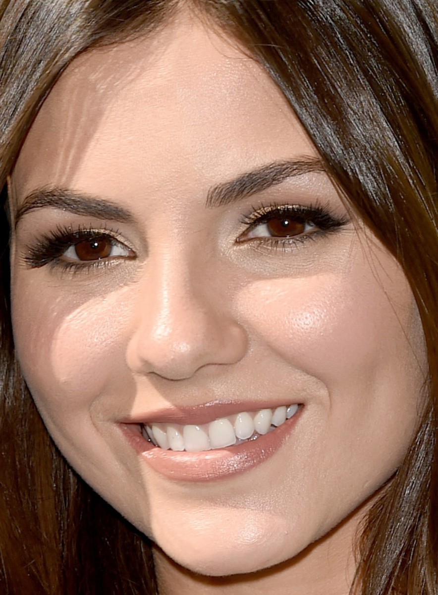 Victoria Justice, Teen Choice Awards 2015