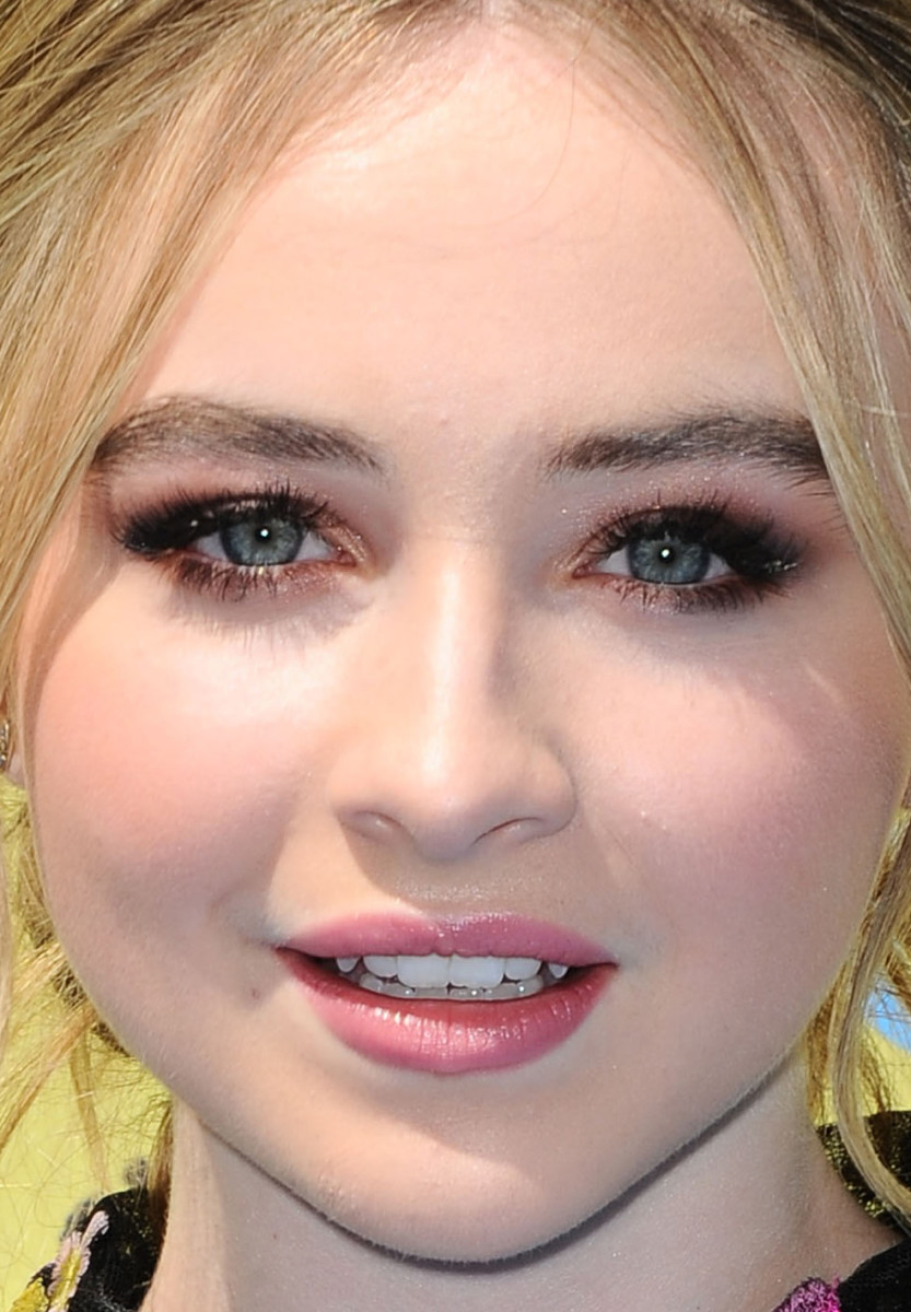 Sabrina Carpenter, Teen Choice Awards 2015