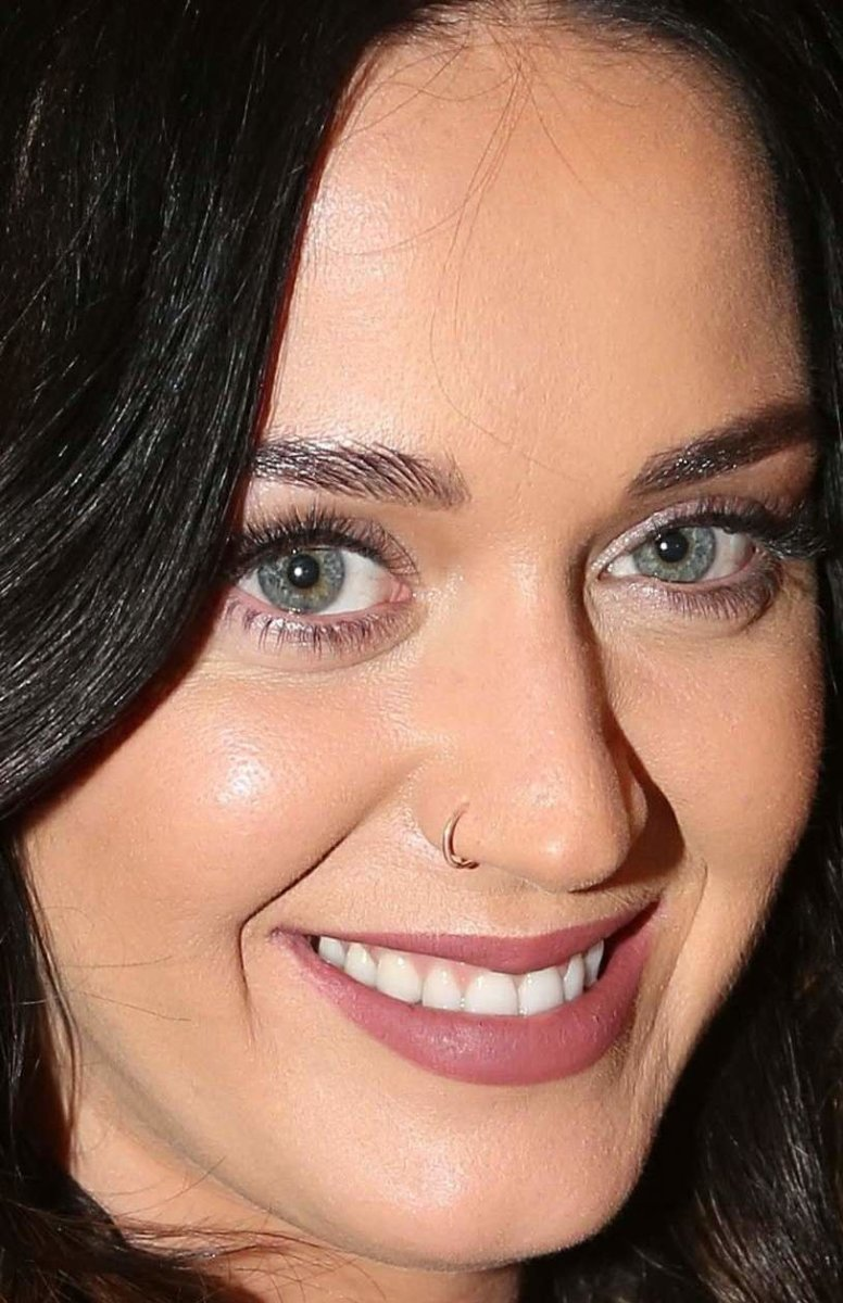 Katy Perry, Finding Neverland show, 2015