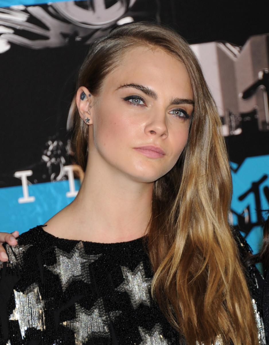 Cara Delevingne, MTV Video Music Awards 2015
