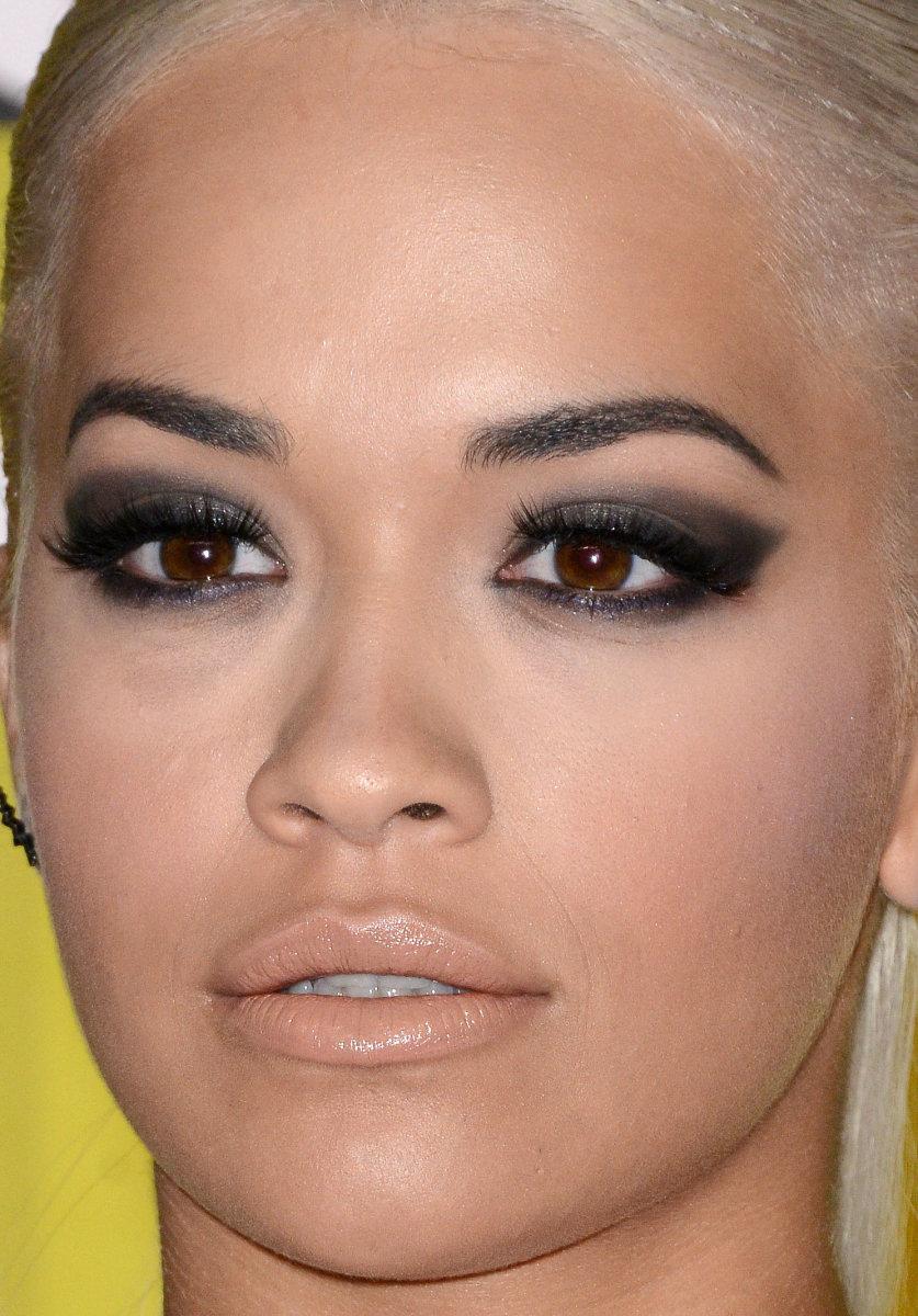 Rita Ora, MTV Video Music Awards 2015
