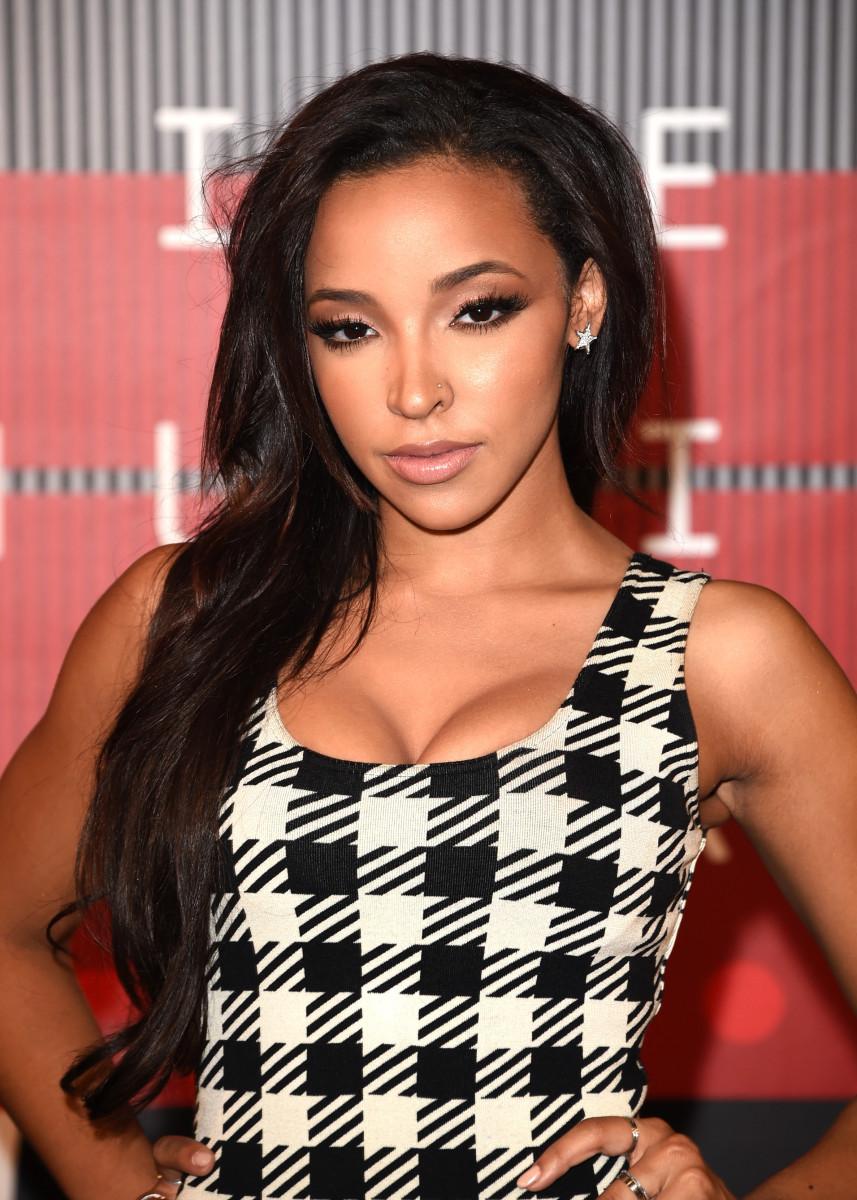 Tinashe, MTV Video Music Awards 2015