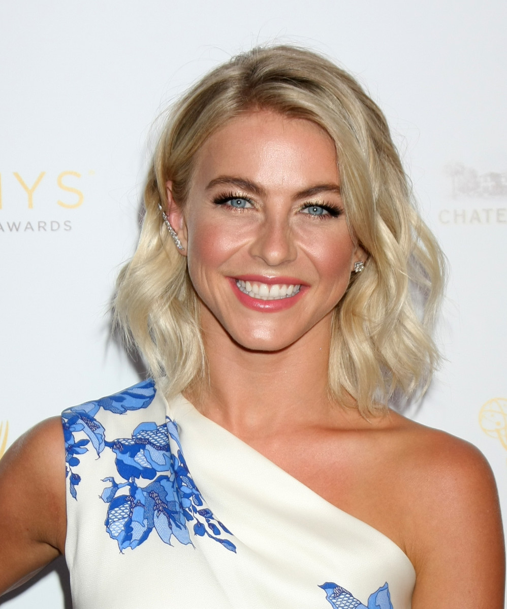 Julianne Hough, Emmy nominees cocktail, 2015