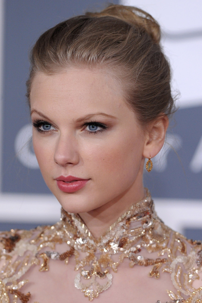 Taylor Swift, Grammy Awards 2012