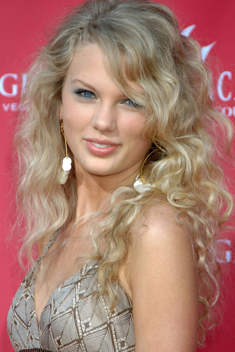 Taylor Swift, ACM Awards 2006
