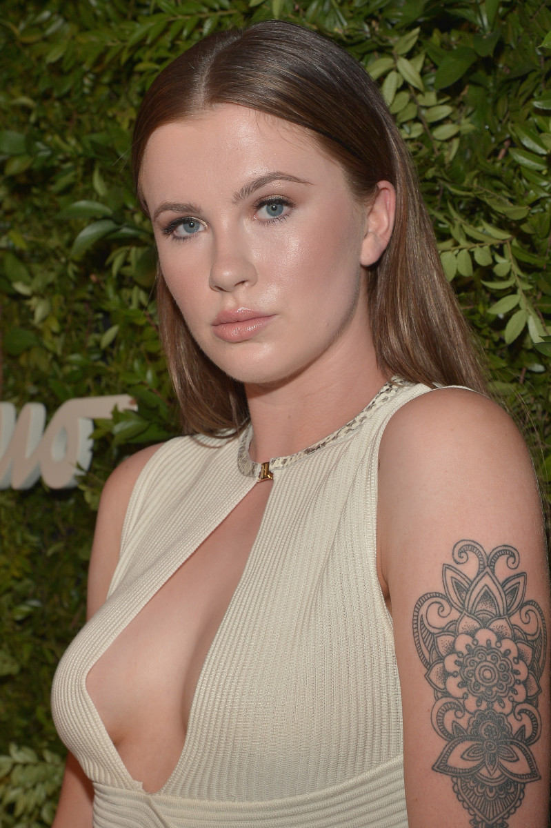 Ireland Baldwin, Salvatore Ferragamo 100th year celebration, 2015