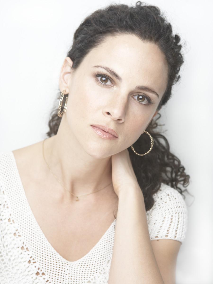 Celebrity makeup artist gita bass shares her makeup secrets gita bass celebrity makeup artist baditri Gallery