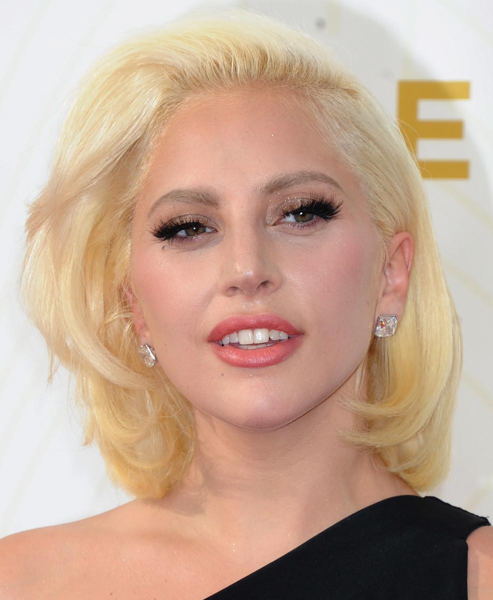 Lady Gaga, Emmy Awards 2015