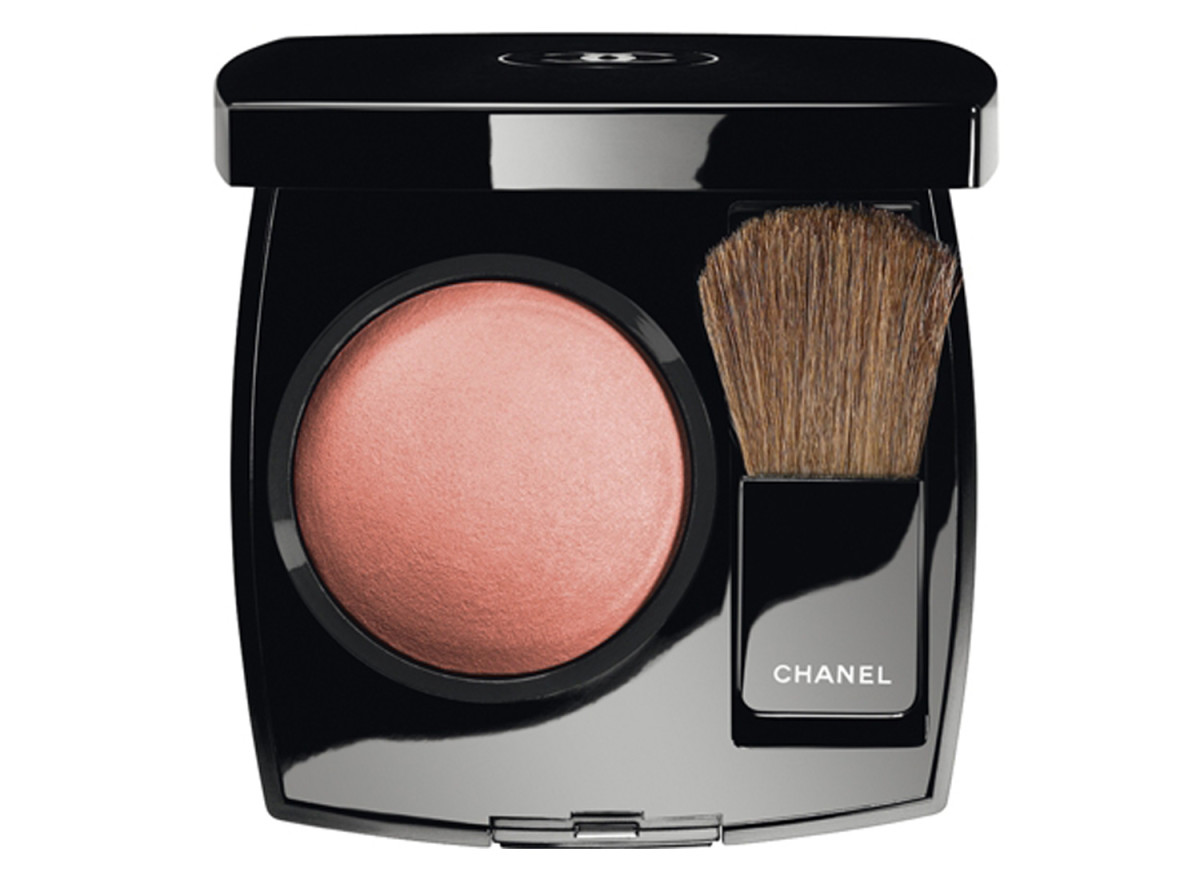 Chanel Joues Contraste Powder Blush in 02 Rose Bronze