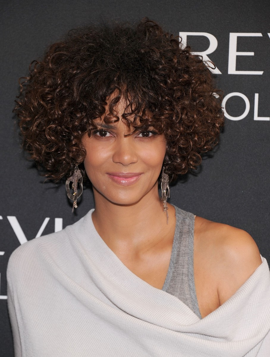 Halle Berry medium curly hair