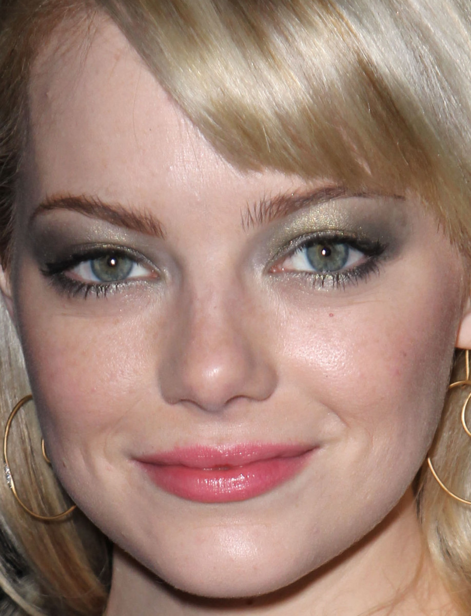 Emma Stone, Louis Vuitton Fall 2011 show