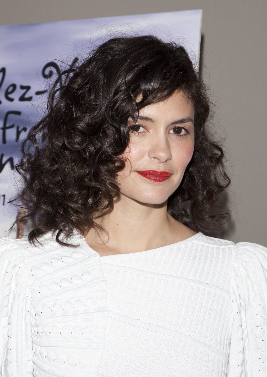 Audrey Tautou medium curly hair