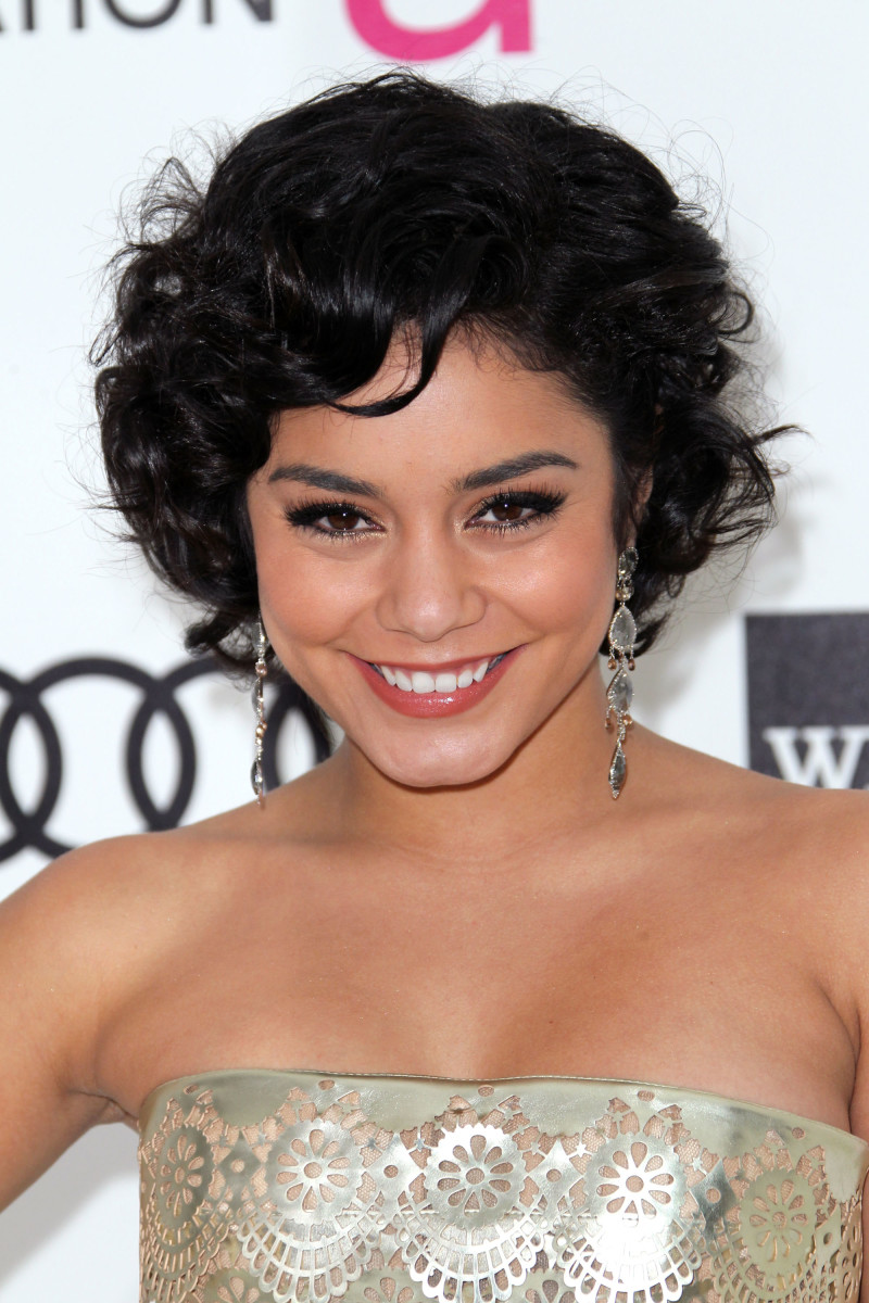 Vanessa Hudgens medium curly hair