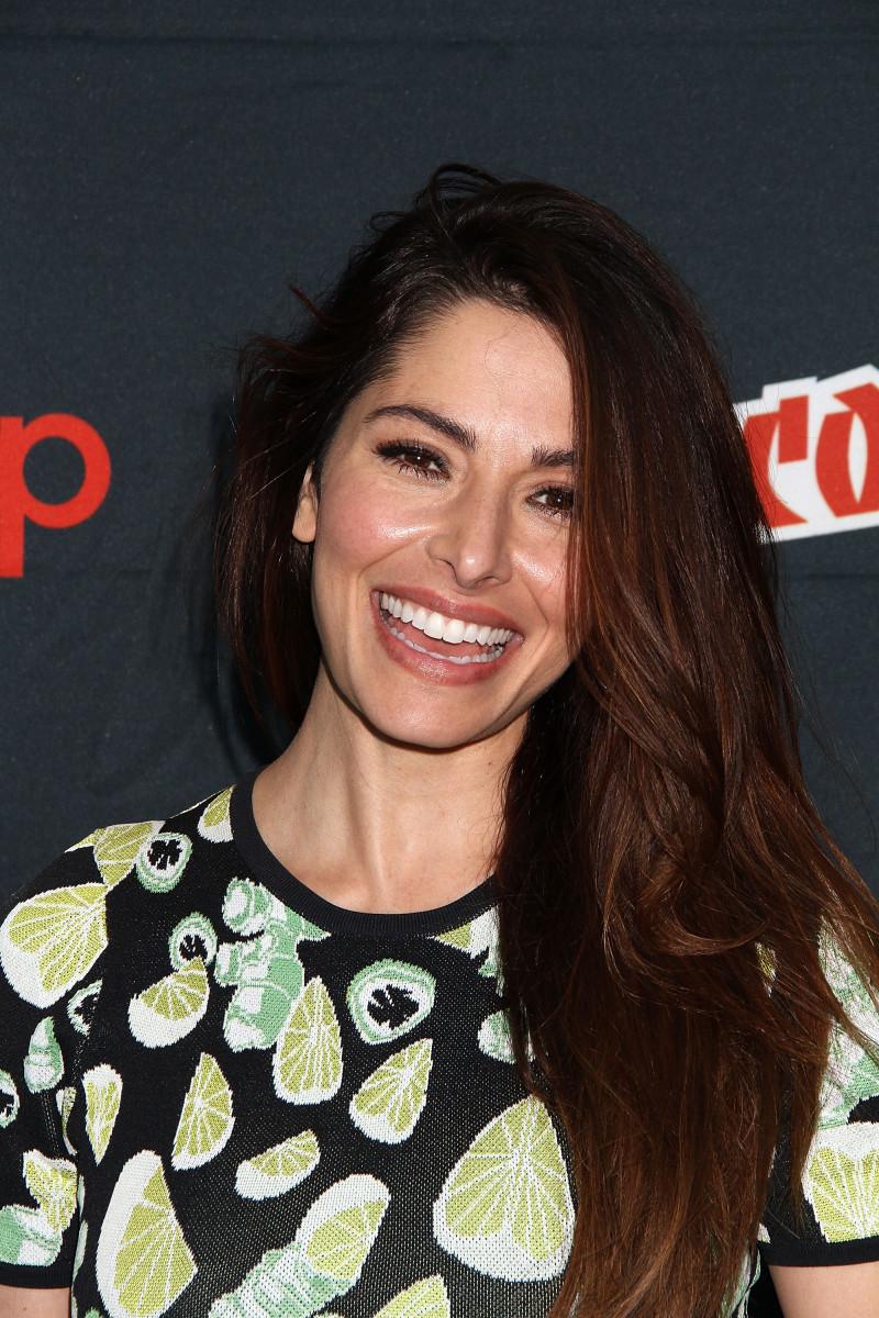 Sarah Shahi, Comic-Con New York 2015