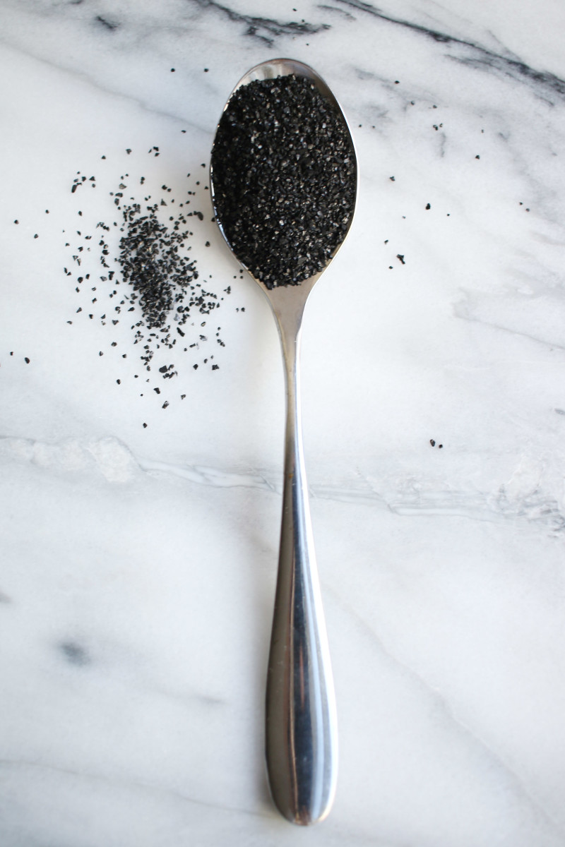 Activated charcoal granular powder