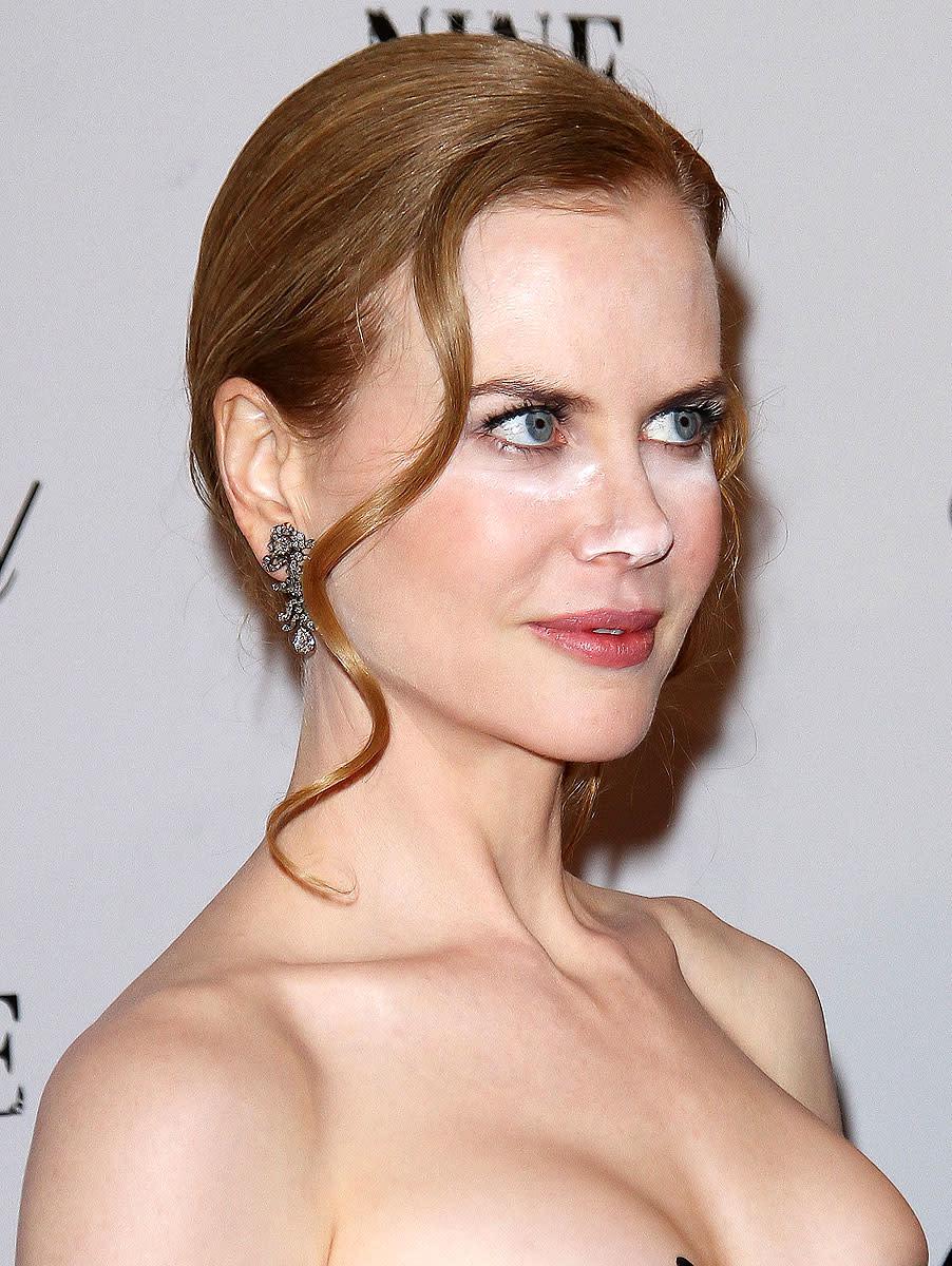 Nicole Kidman face powder