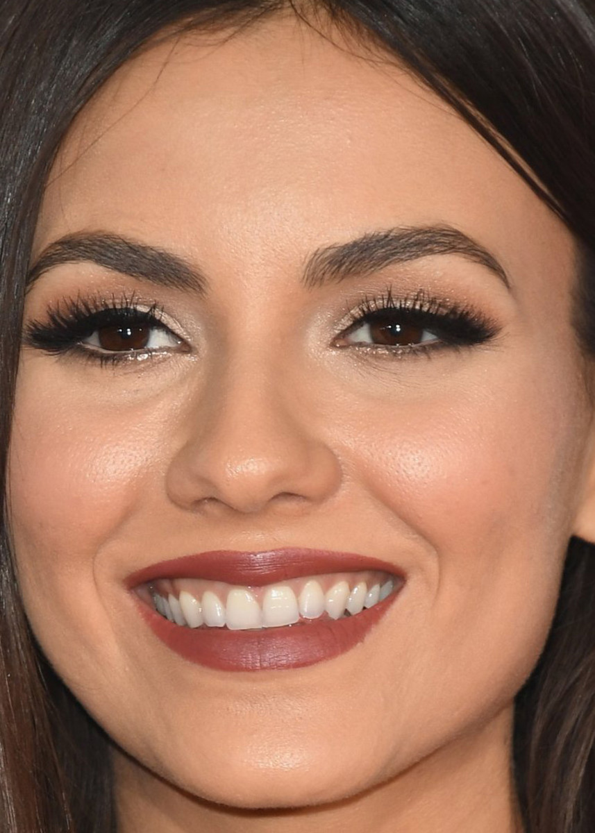 Victoria Justice, People's Choice Awards 2017
