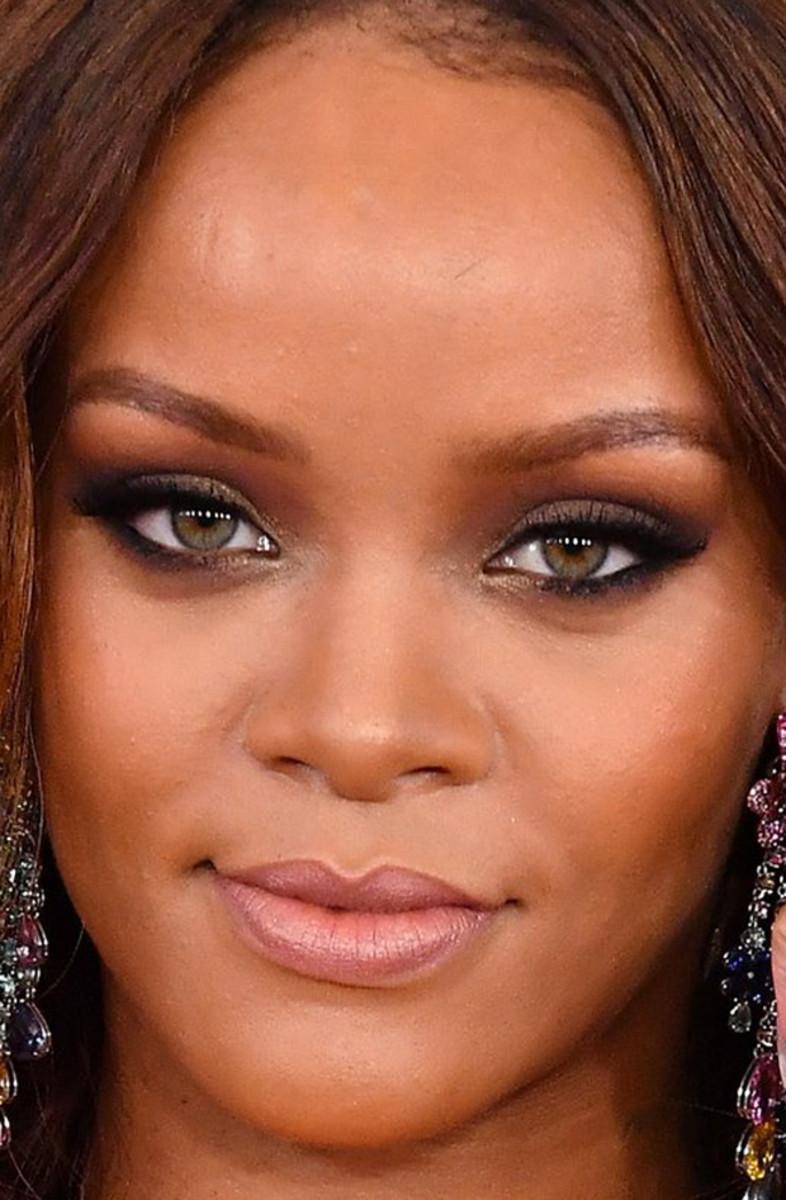 Rihanna, Grammy Awards 2017