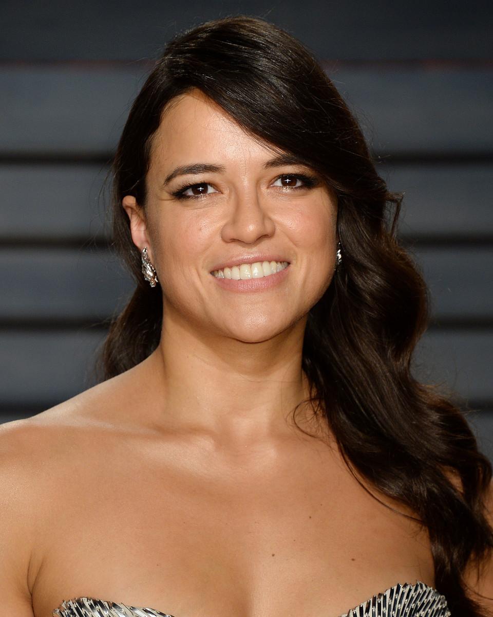 Michelle Rodriguez, Vanity Fair Oscar party, 2017