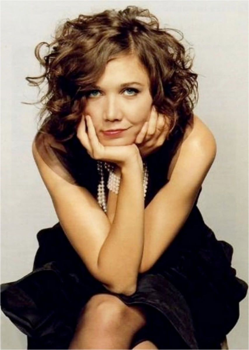 Maggie Gyllenhaal curly long bob
