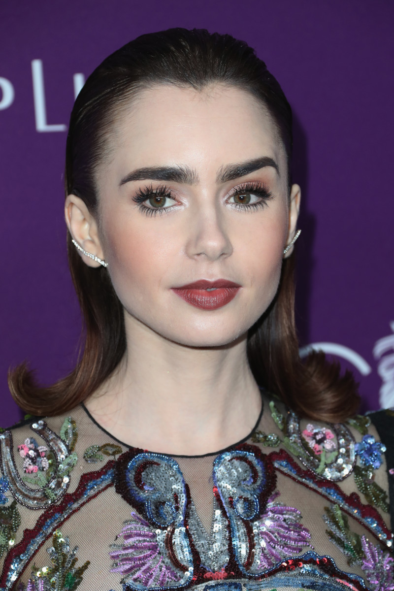 Lily Collins, Costume Designers Guild Awards, 2017