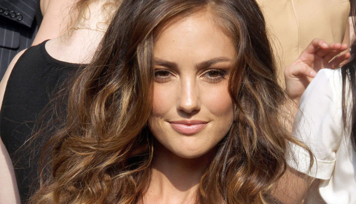 The Best Long Hairstyles For Natural Waves