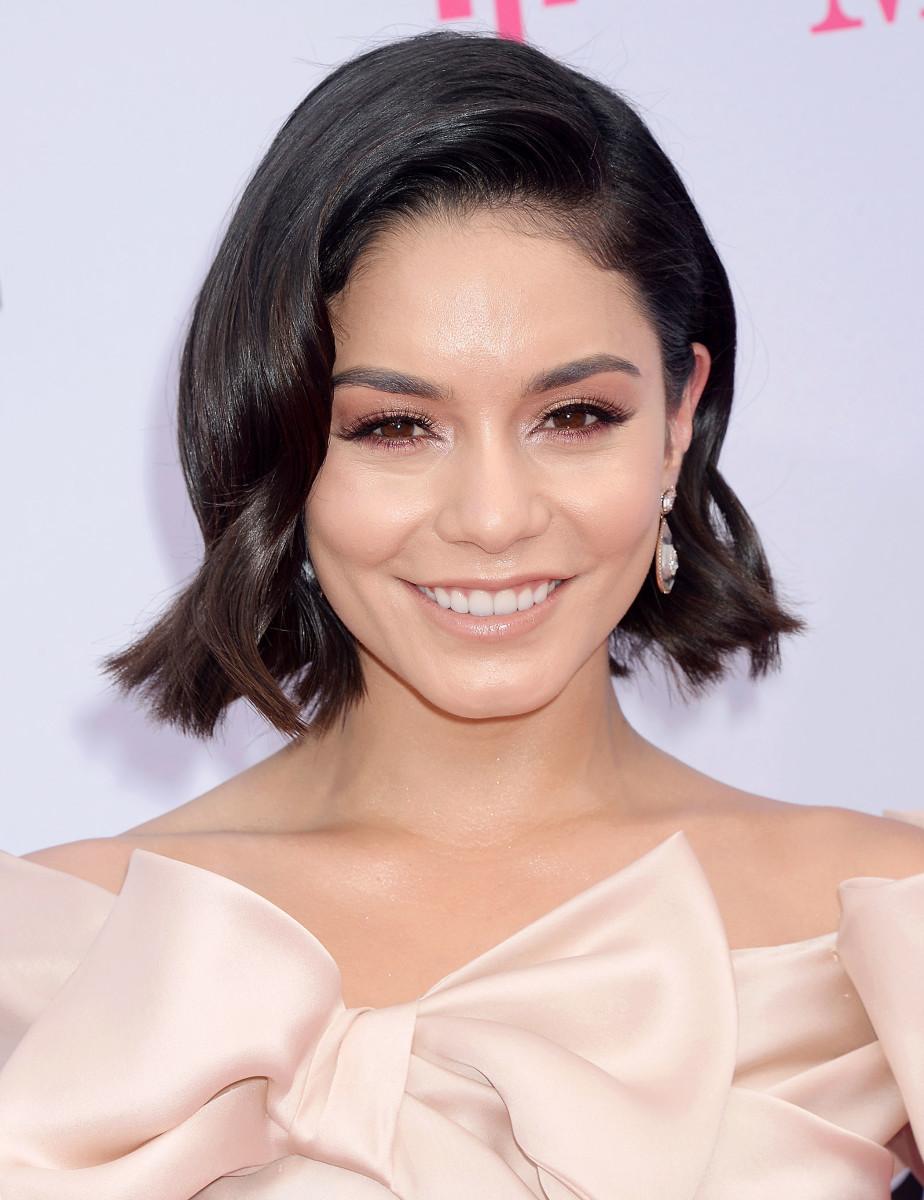 Vanessa Hudgens, Billboard Awards 2017