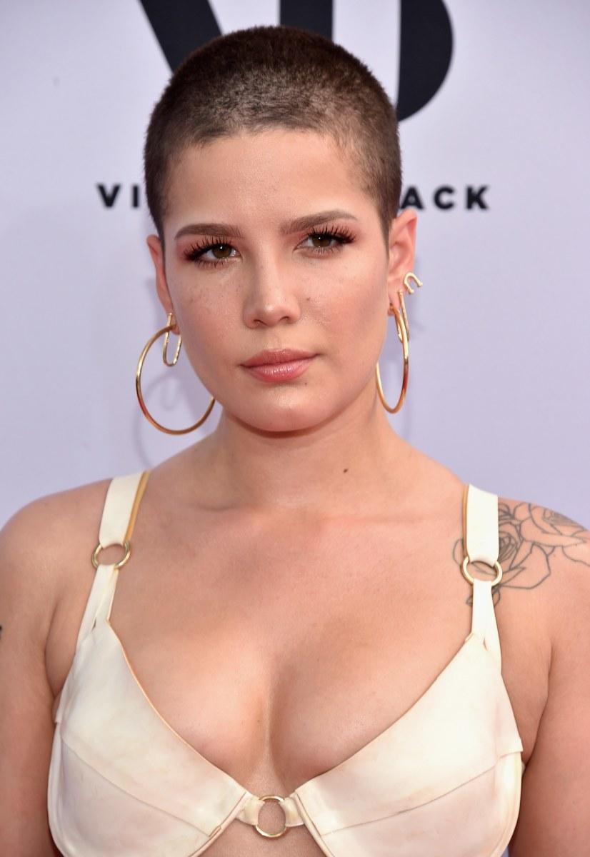 Halsey, Billboard Awards 2017