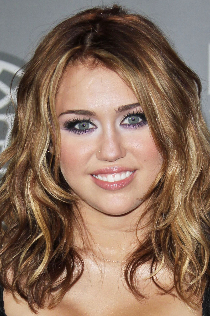 Miley Cyrus, MuchMusic Video Awards, 2010