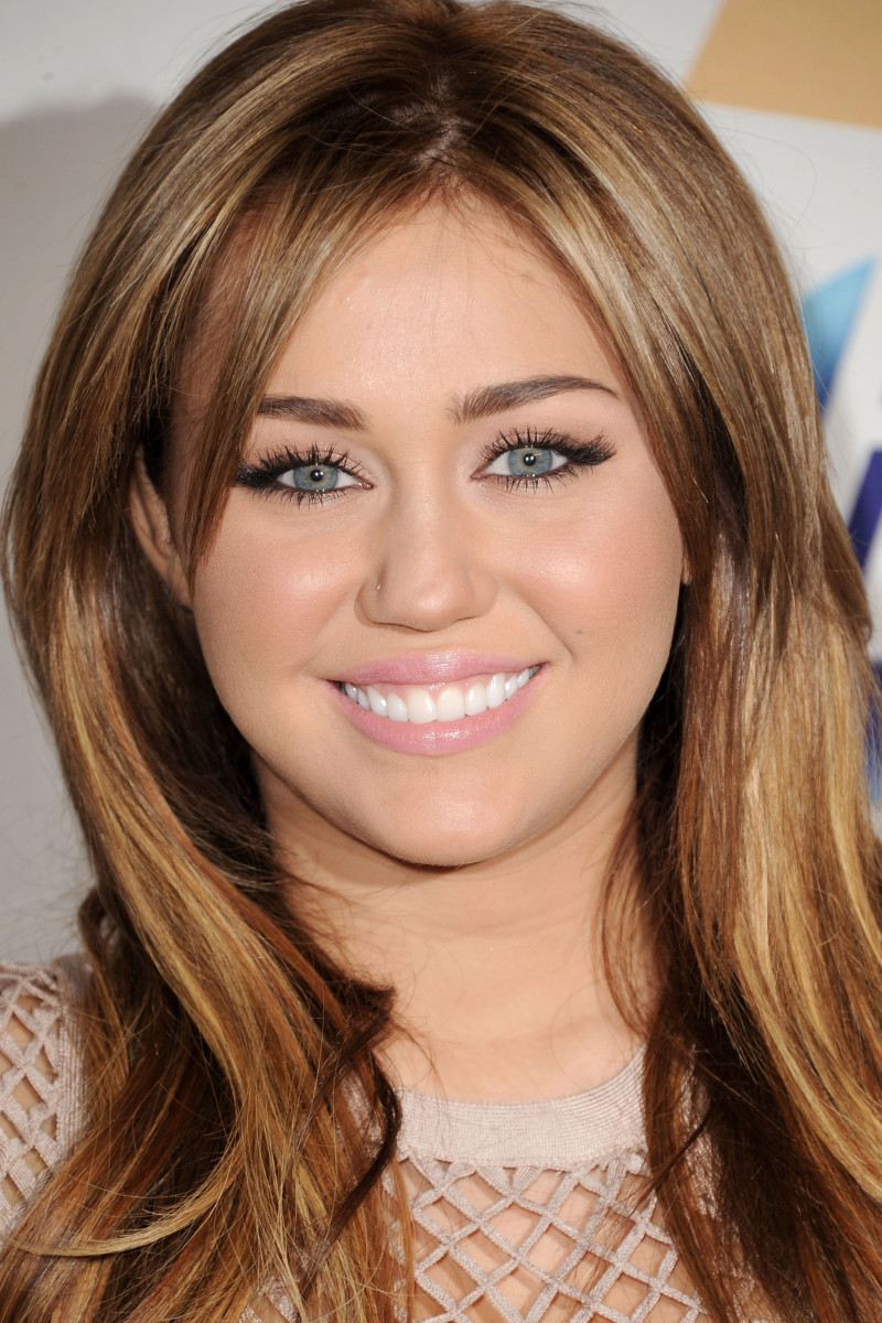Miley Cyrus, Grammy Salute to Icons event, 2011