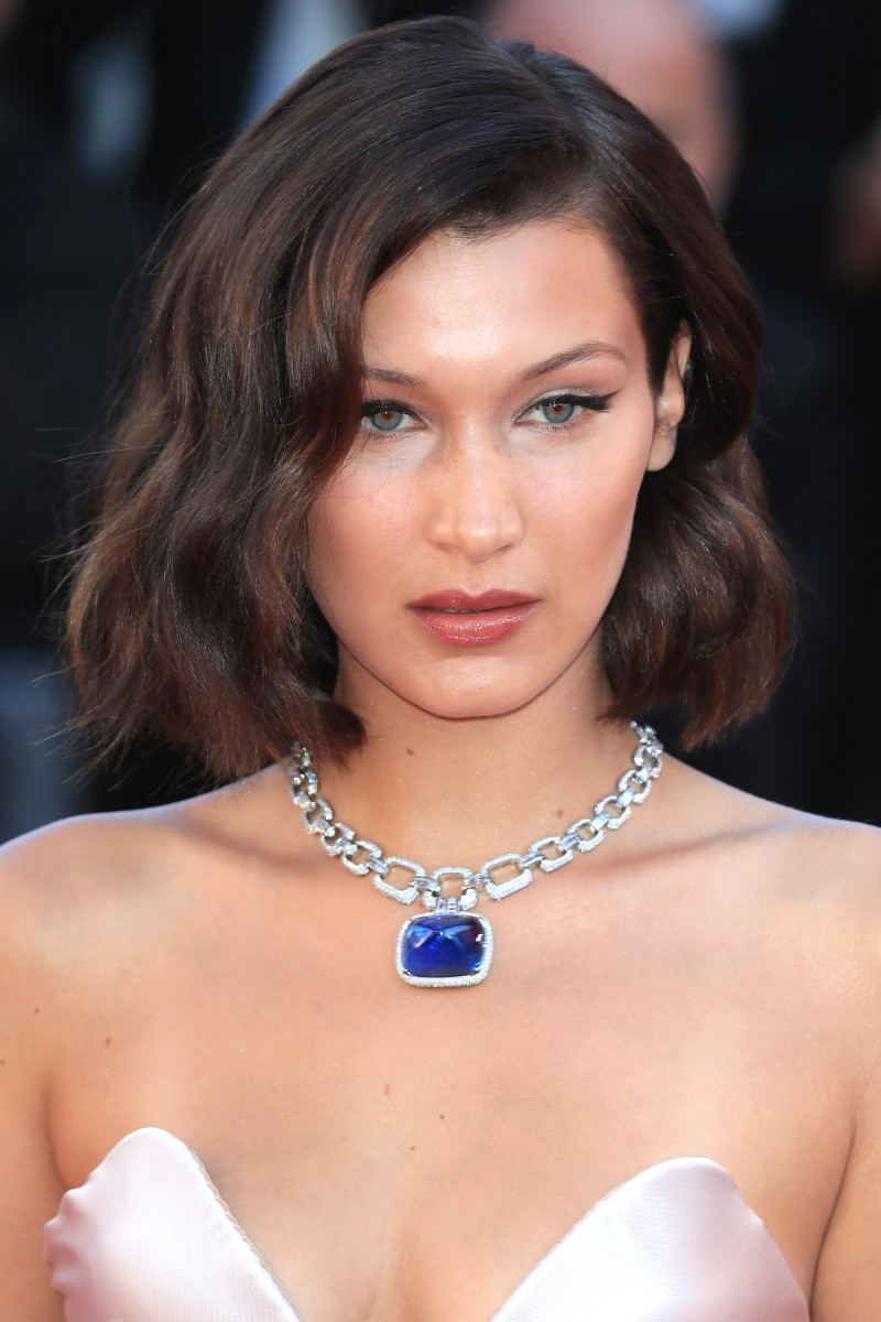 Bella Hadid, Ismael's Ghosts Cannes premiere, 2017