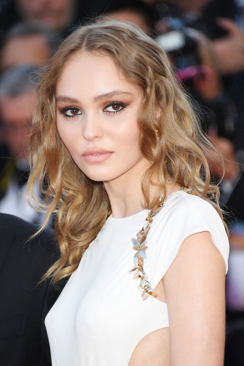 Lily-Rose Depp, Cannes opening ceremony, 2017