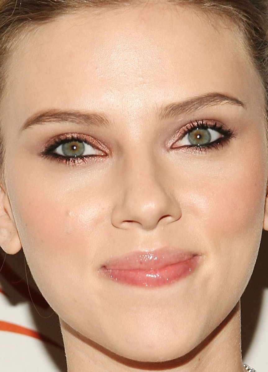 Scarlett Johansson, A Funny Thing Happened on the Way to Cure Parkinson's event, 2008