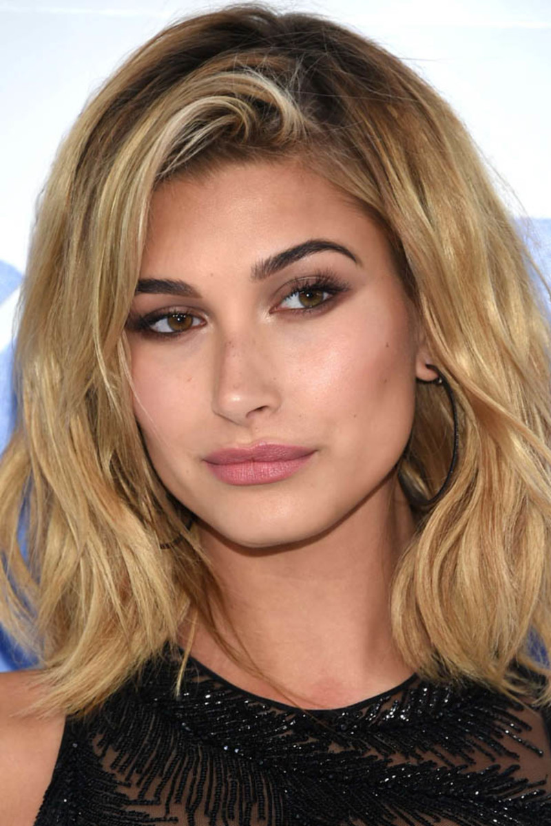 Hailey Baldwin, MTV Video Music Awards 2016