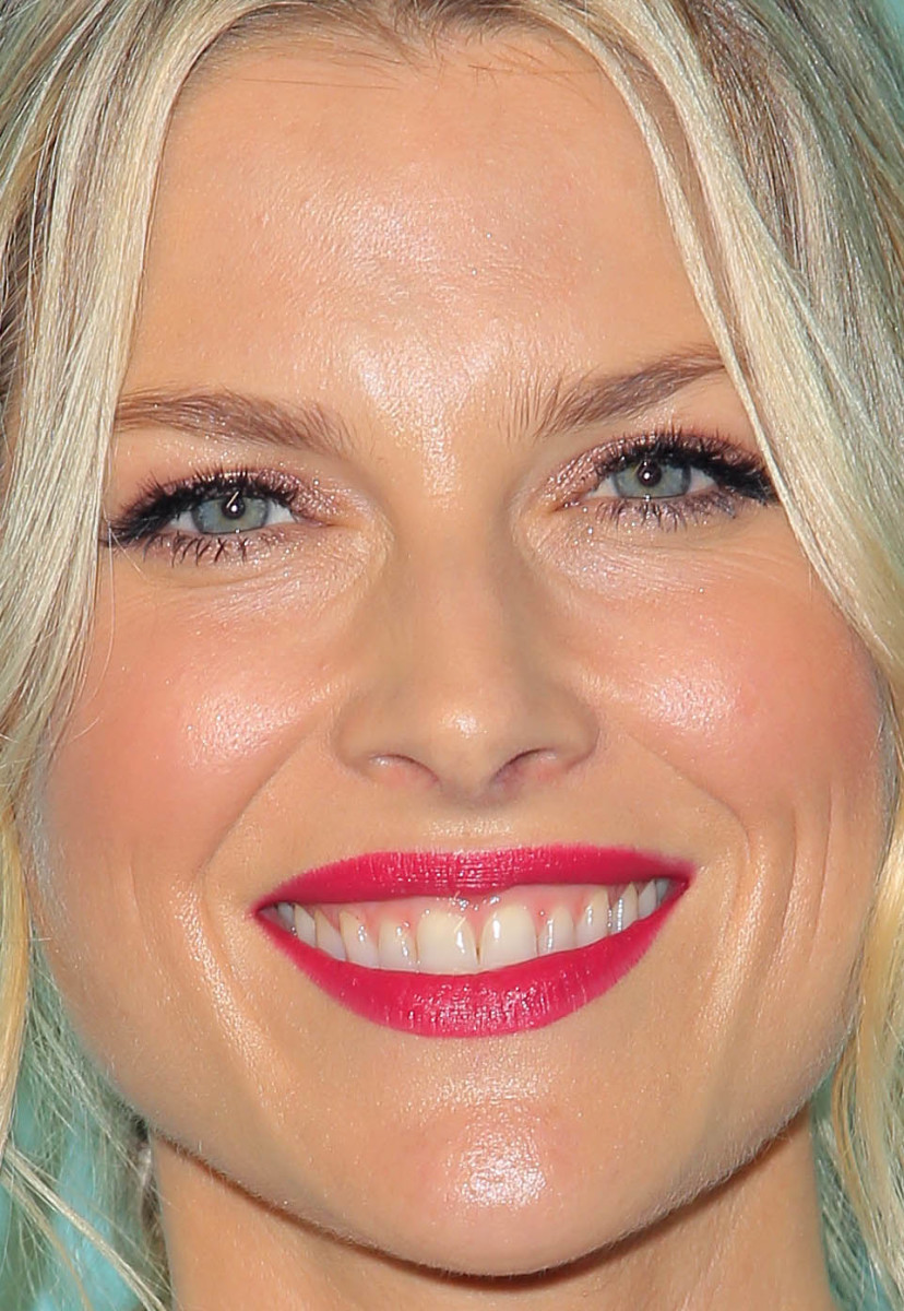 Ali Larter, Tiffany and Co store opening, 2016