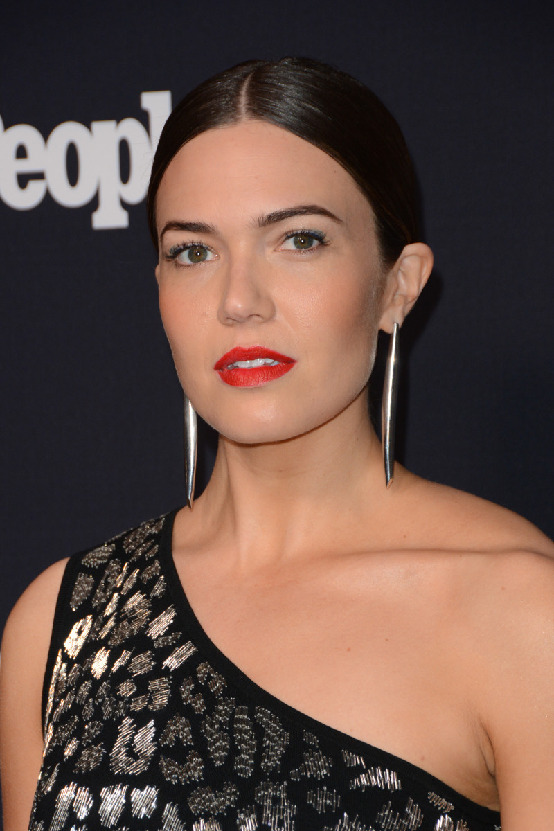 Mandy Moore, Entertainment Weekly and People Upfront party, 2017