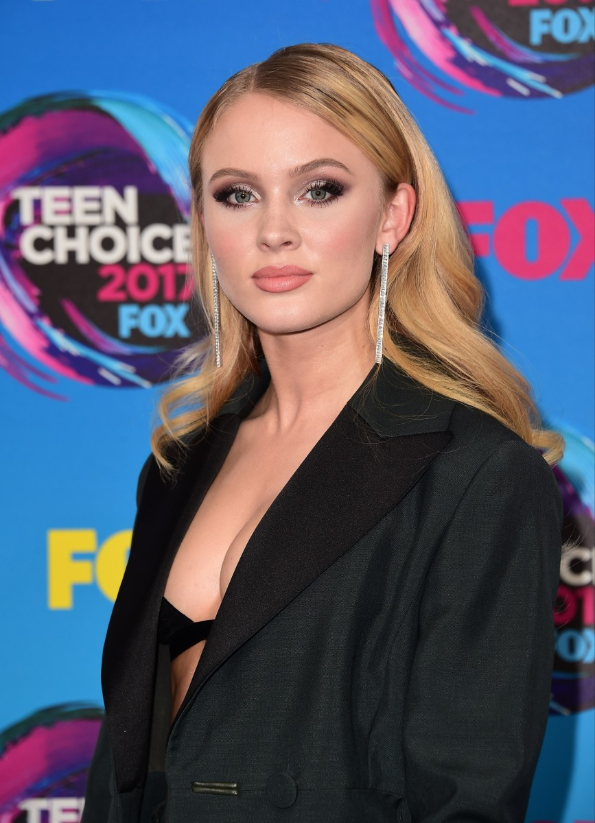 Zara Larsson, Teen Choice Awards 2017