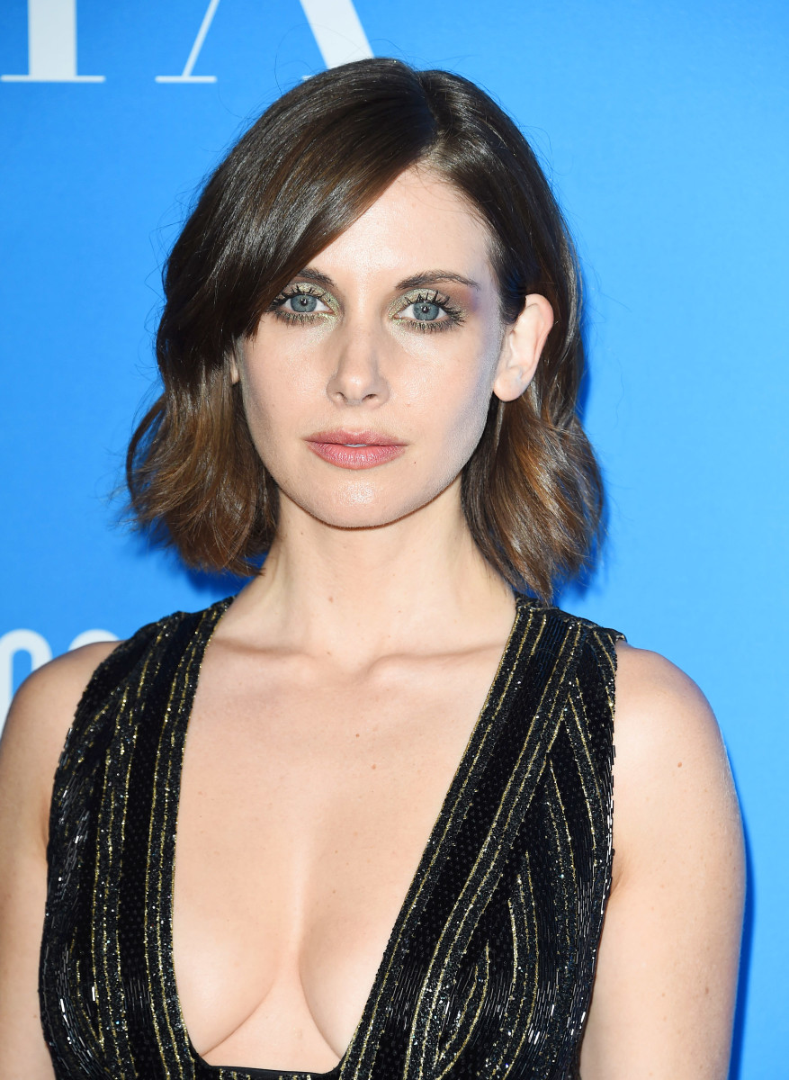Alison Brie, Hollywood Foreign Press Association Grants Banquet, 2017