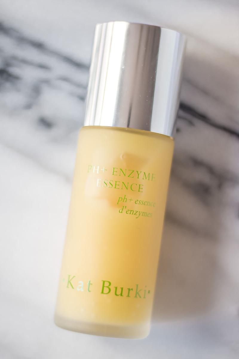 Kat Burki pH Enzyme Essence